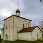 Старинная церковь Бориса и Глеба в п. Кидекше